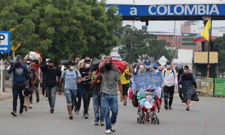 Crean guía informativa para refugiados y migrantes en Colombia